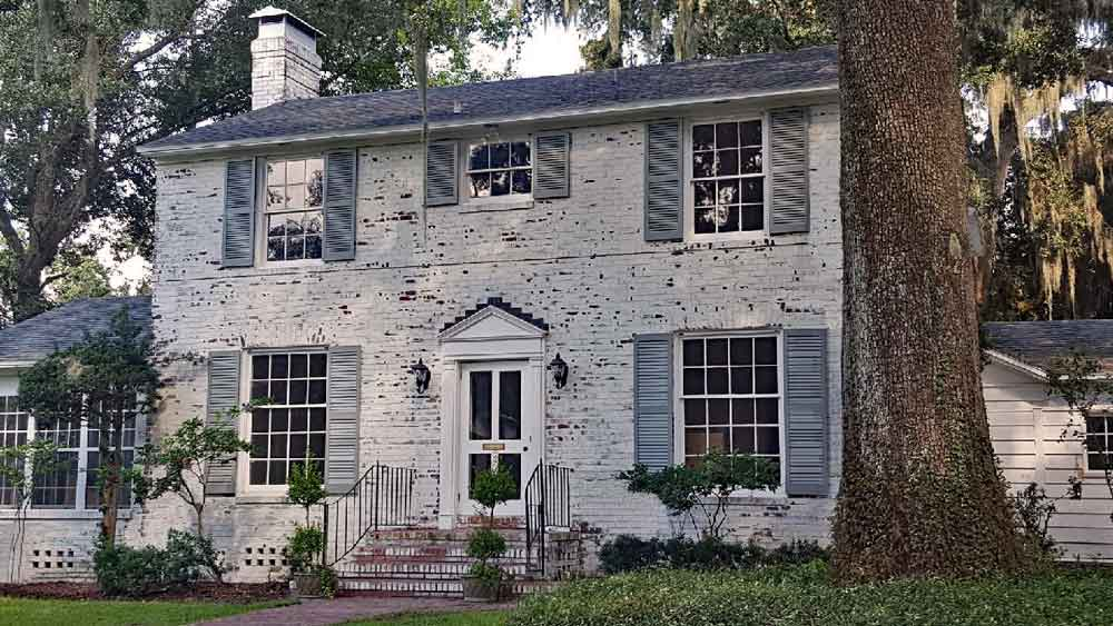 The Charm of Southern Shutters